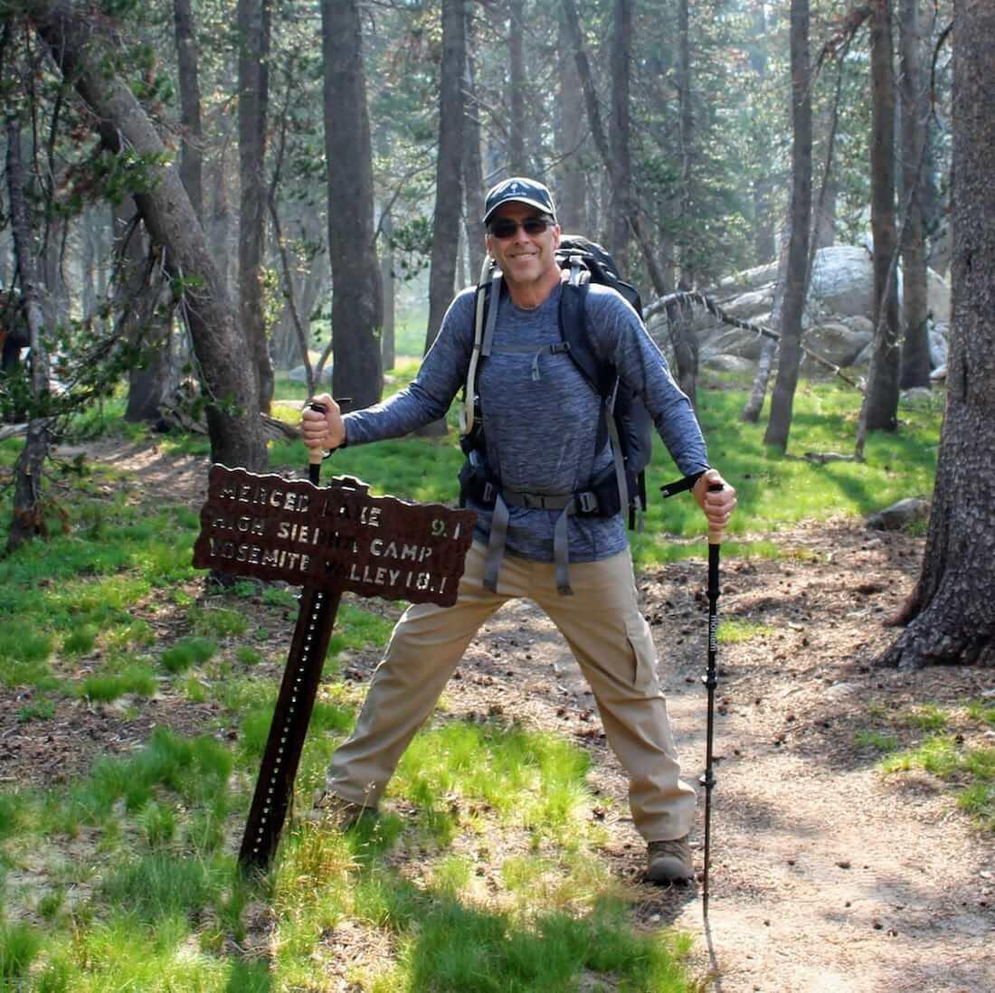 Hiking back poles